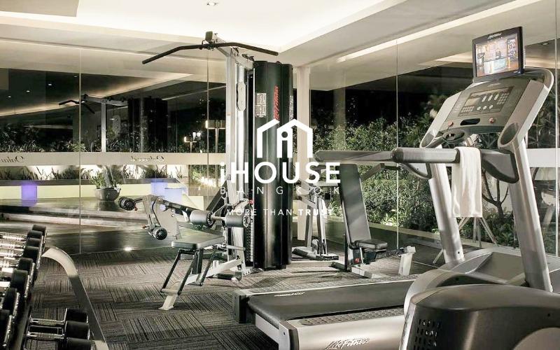 Eight Thonglor Residence